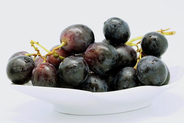 Szőlő (fehér, piros) kalória, fehérje, zsír, szénhidrát..